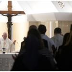 Papa: para compreender a fé, devemos estar sempre em caminho