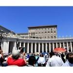 Papa no Angelus: Deus é sempre o primeiro a procurar-nos, a amar-nos