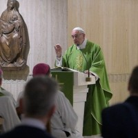 Papa: os pastores não sejam rígidos, mas ternos e próximos