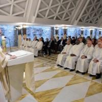 Papa: sem amor e serviço, a Igreja não vai para frente